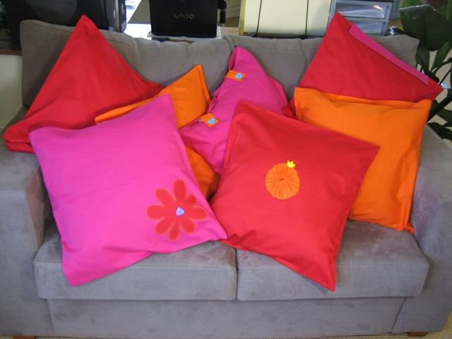 CUSHIONS_FULL_VIEW_1