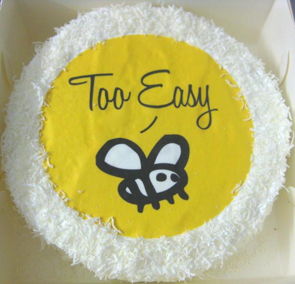 TooEasy10Cake-002